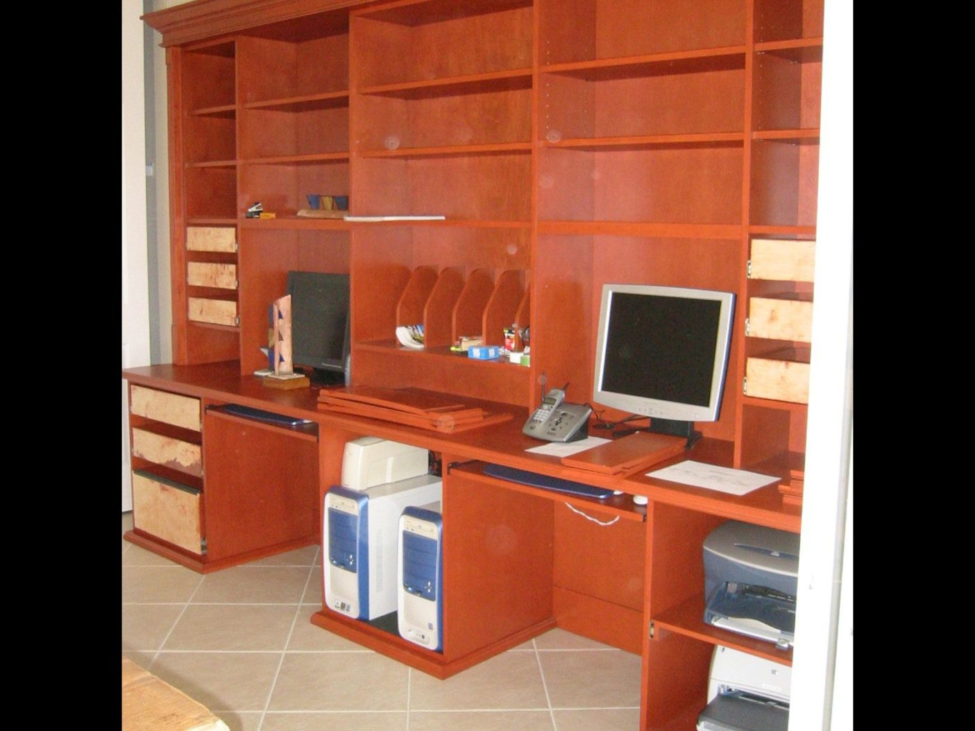 Desks-15.jpg