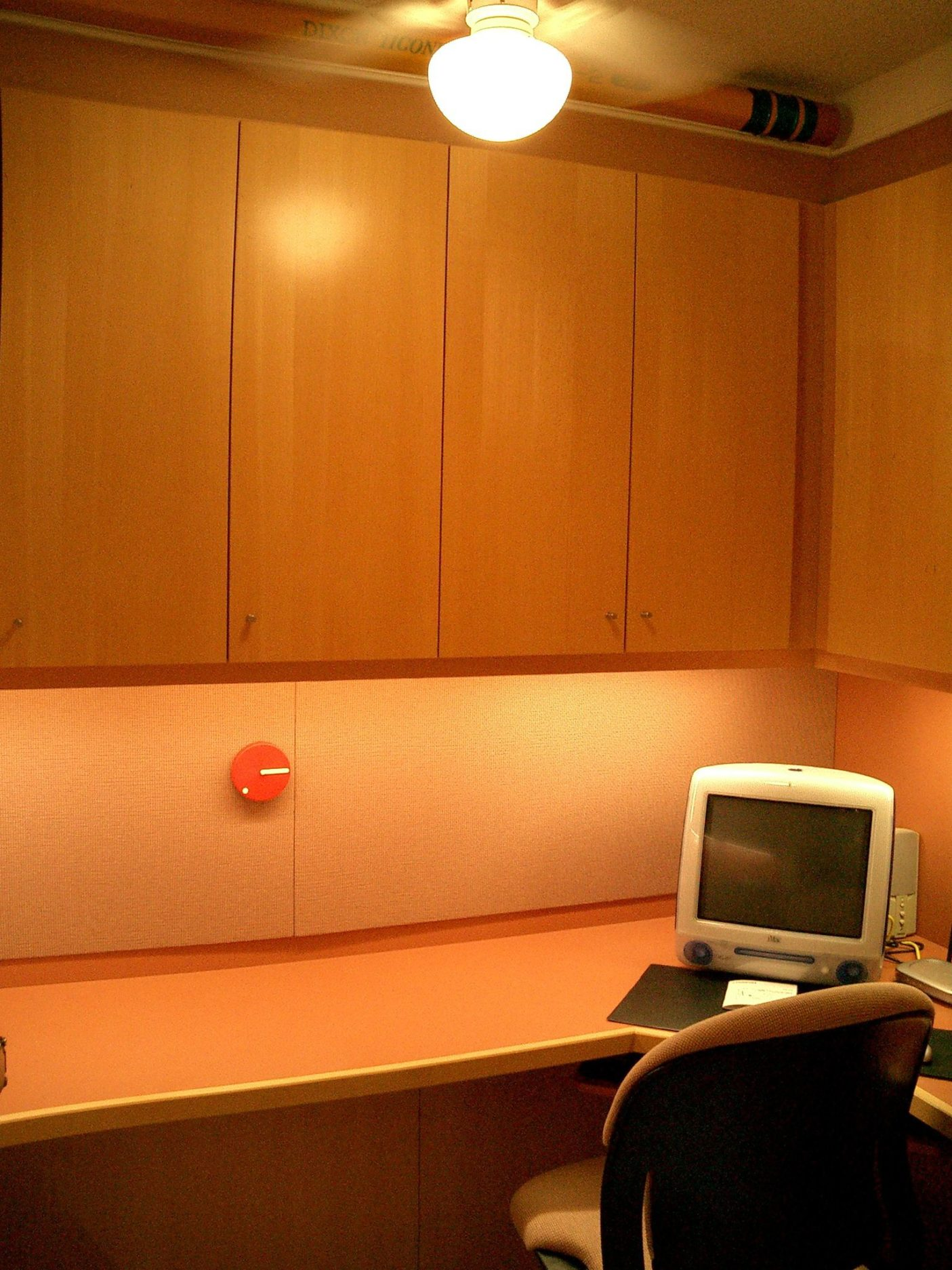 Desks-3.jpg